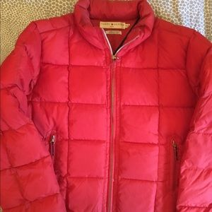 NEW RED TOMMY HILFIGER PUFFY COAT